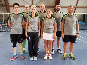 Hinten: Alex, Markus, Steffen<br /> Vorne: Feng, Simone, Kathi, Yuri